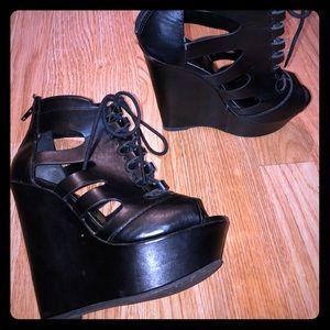 Charlotte Russe black wedges